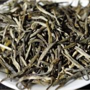 Ai-Lao-Mountain-Jade-Needle-White-Tea-Autumn-2015-3