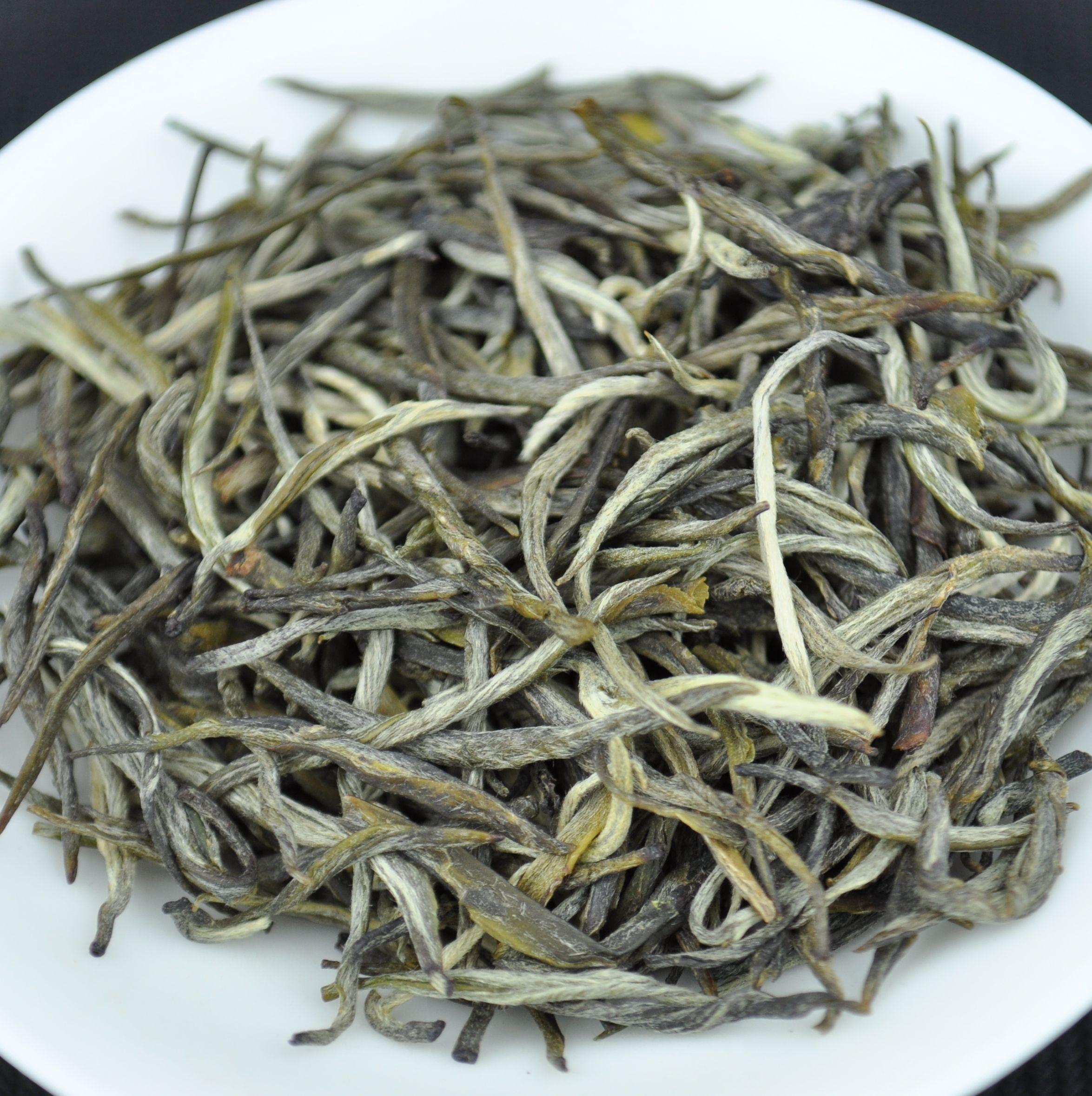 Ai Lao Mountain Jade Needle White Tea * Autumn 2015