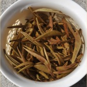 Assamica-Sun-Dried-Silver-Needles-White-Pu-erh-tea-Autumn-2015-5