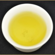 Autumn-2015-quotPremium-Jin-Guan-Yinquot-AA-Grade-Anxi-Oolong-Tea-2