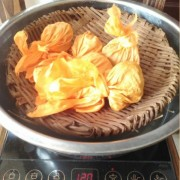 Da-Xue-Shan-Raw-Pu-erh-Tea-Dragon-Ball-Rolled-Pu039er-11