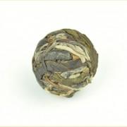 Da-Xue-Shan-Raw-Pu-erh-Tea-Dragon-Ball-Rolled-Pu039er-4