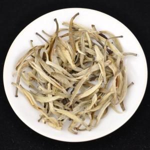 Jasmine-Silver-Needles-White-tea-of-Yunnan-Spring-2016