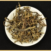 Old-Arbor-Black-Tea-Mu-Shu-Hong-Cha-Pure-Yunnan-Assamica-Spring-2016-1
