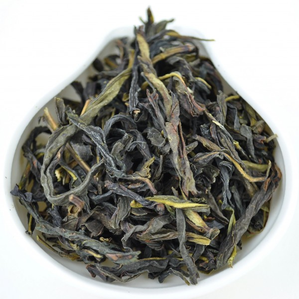 "Winter 2015 ""Snowflake Da Wu Ye"" Dan Cong Oolong Tea"