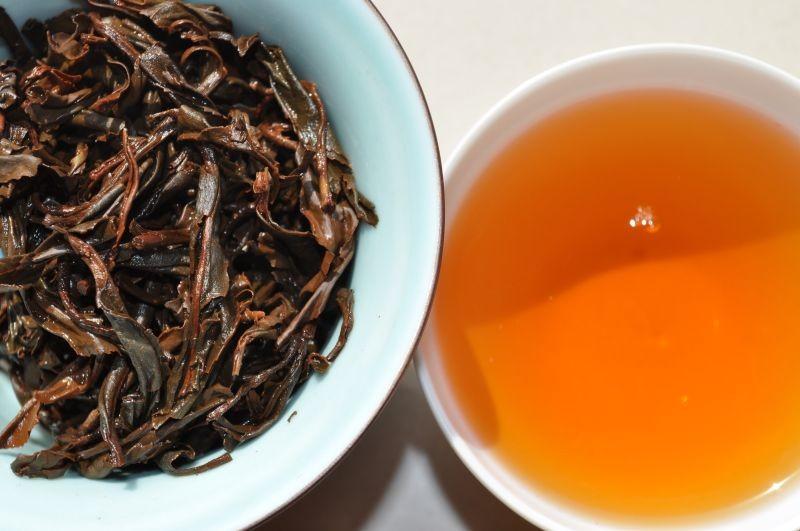 Yi Mei Ren Wu Liang Mountain Yunnan Black Tea * Spring 2015