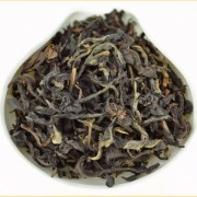 Yi-Wu-Mountain-Wild-Arbor-Assamica-Black-Tea-Autumn-2015-1
