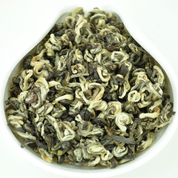 Yunnan-Early-Spring-Bi-Luo-Chun-Green-tea-Spring-2016