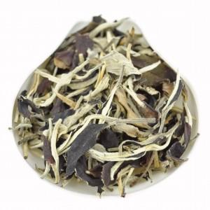 Yunnan-Yue-Guang-Bai-Air-Dried-White-tea-Autumn-2015