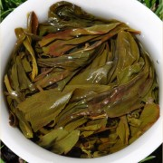 quotKing-of-Duck-Shit-Aromaquot-Dan-Cong-Oolong-tea-Spring-2015-2