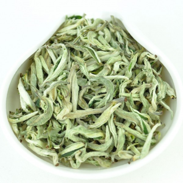 quotSnow-Flower-Bi-Luo-Chunquot-Yunnan-White-Tea-Spring-2016