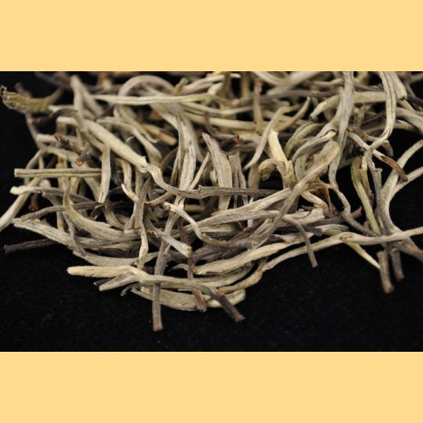 Dried lotus leaves tea benefit for clearing heart fire and loss weight