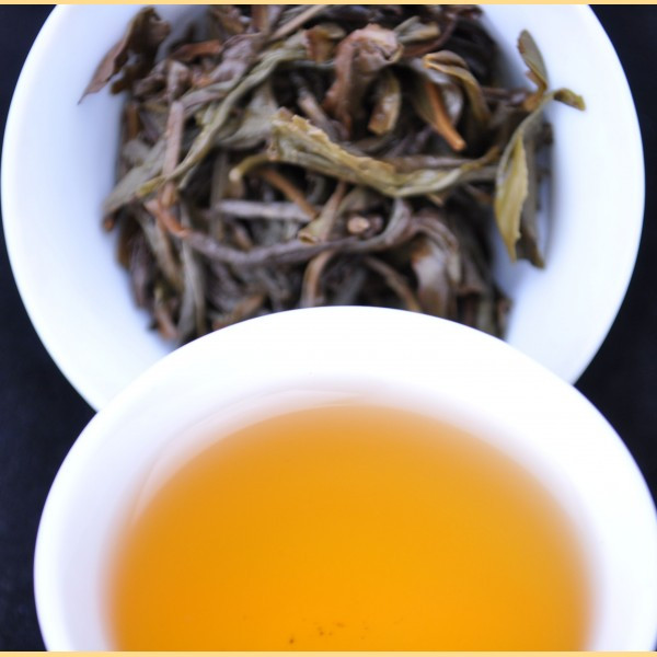 Dian Hong China Yunnan Famous Organic Black Tea With Golden Buds